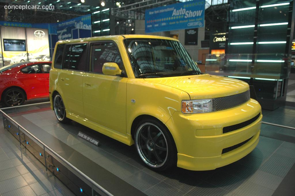 2005 Scion Xb #16