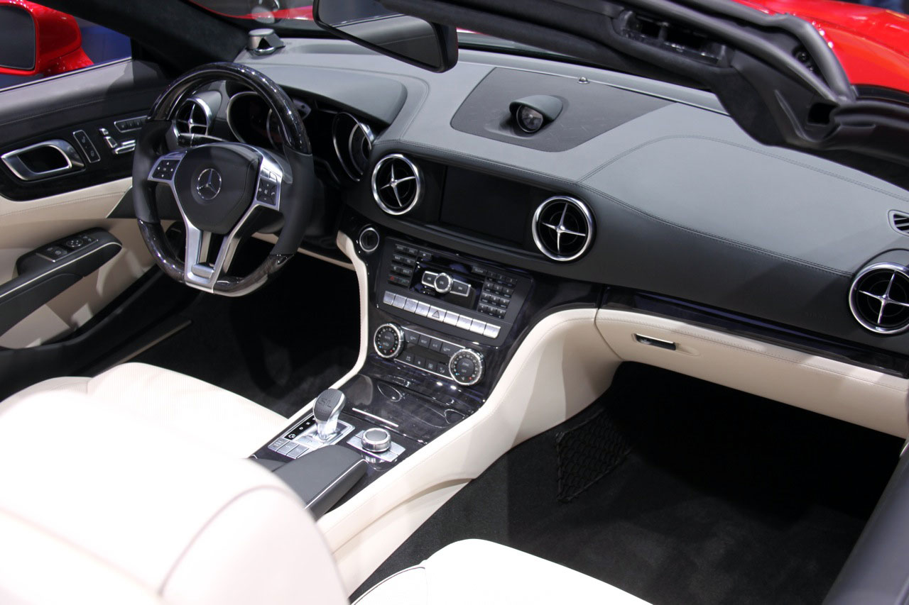 2013 Mercedes-Benz SL #16