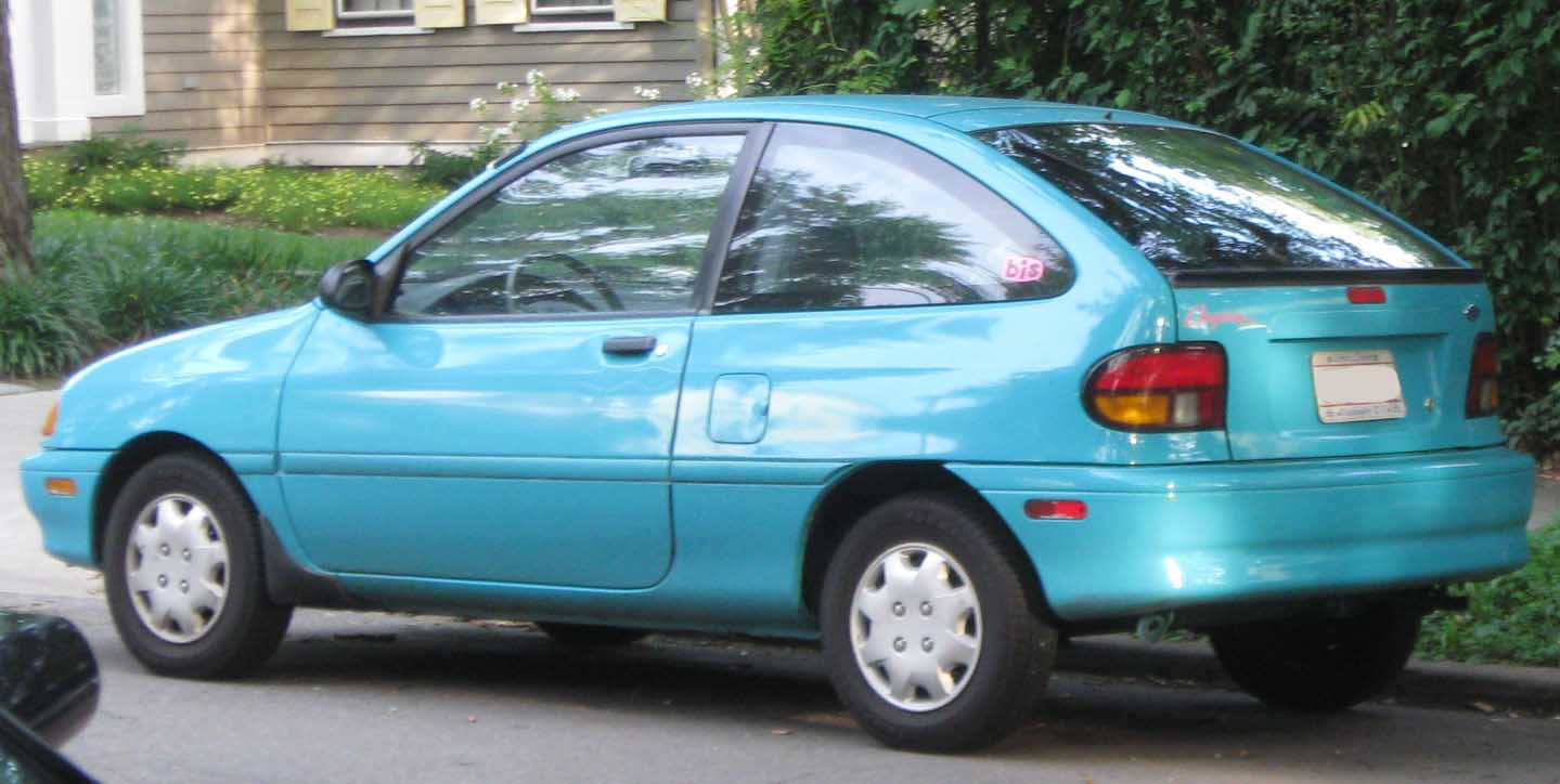 1994 Ford Aspire #2