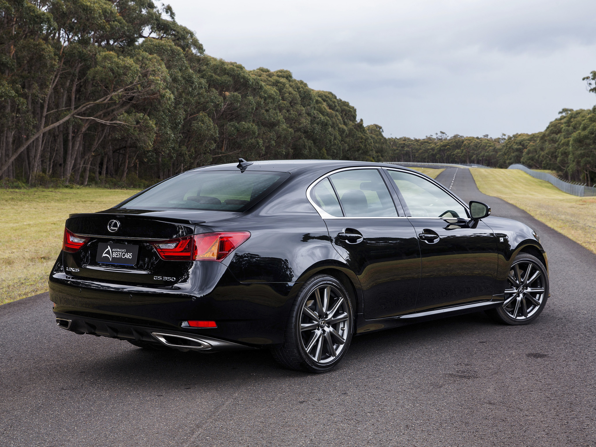 car rx luxurious reviews the news lexus ride offers auto is a