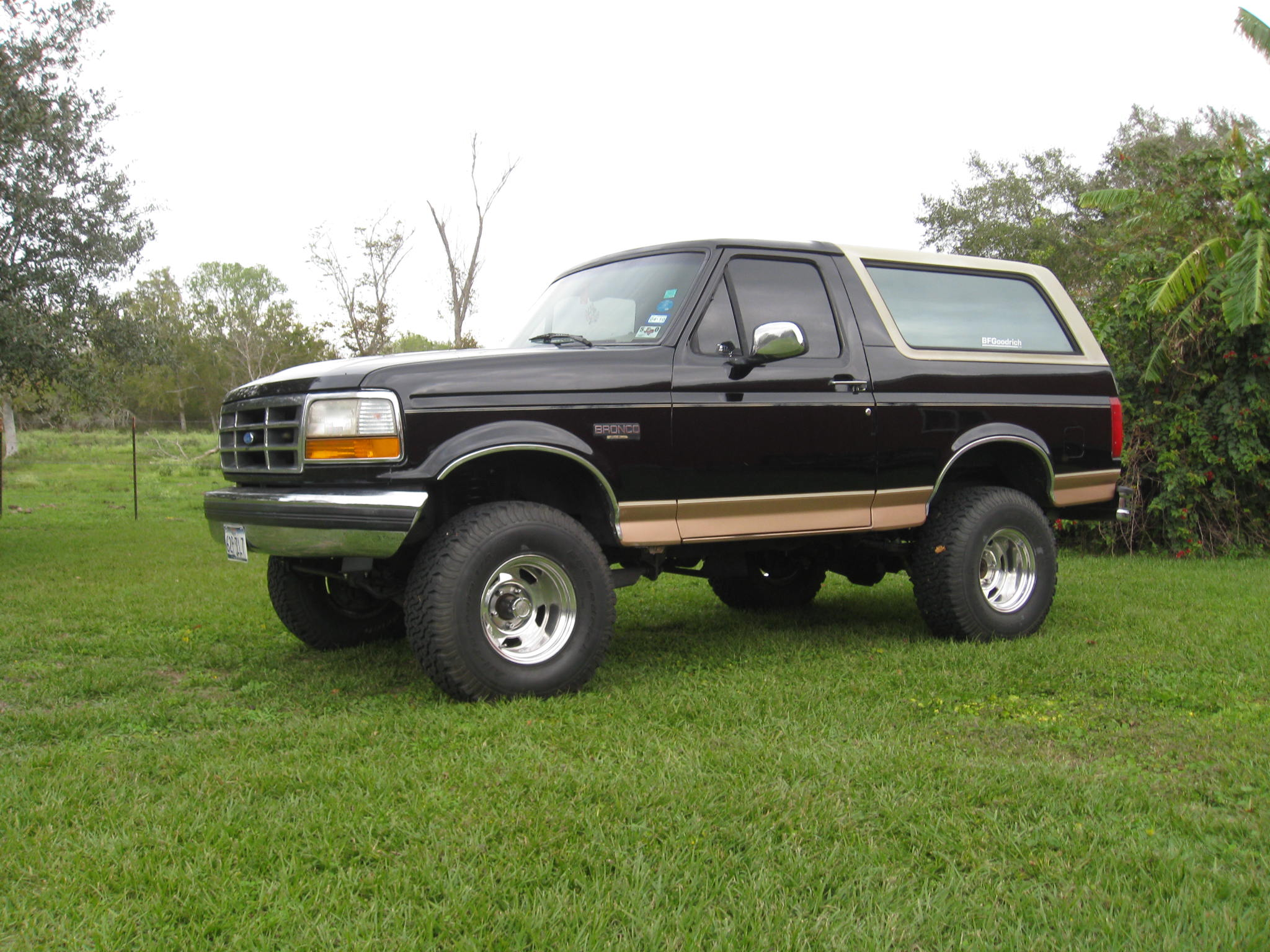 1994 Ford Bronco #3