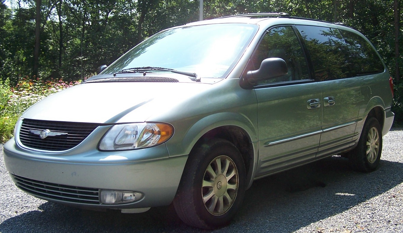 2003 Chrysler Town And Country #14