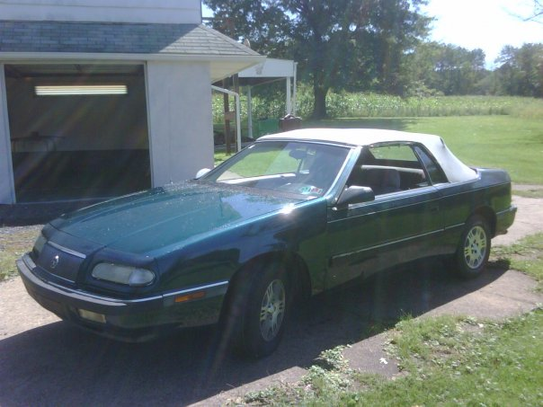 1993 Chrysler Le Baron #14