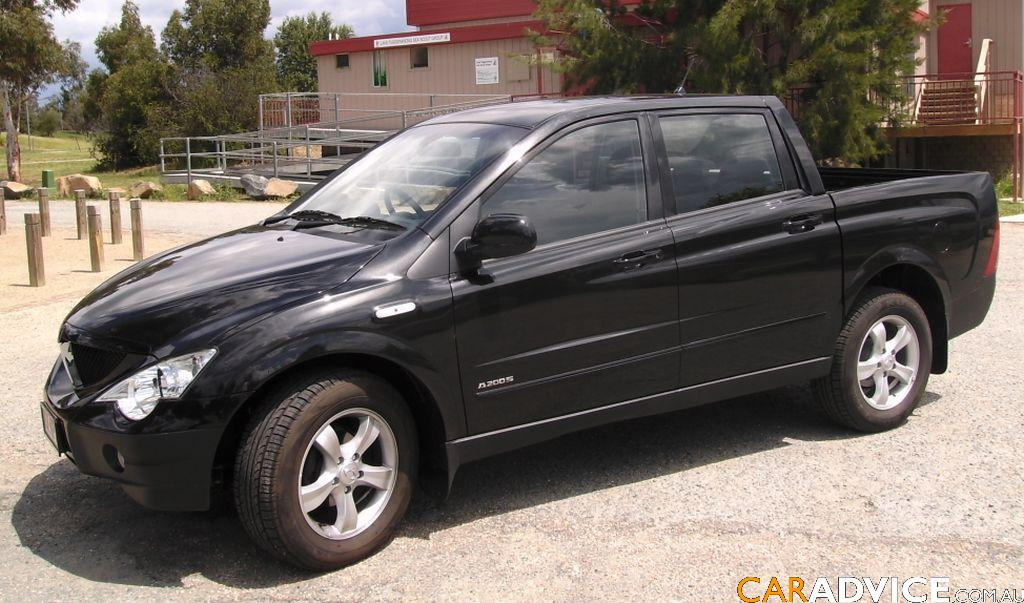 2008 Ssangyong Actyon #4