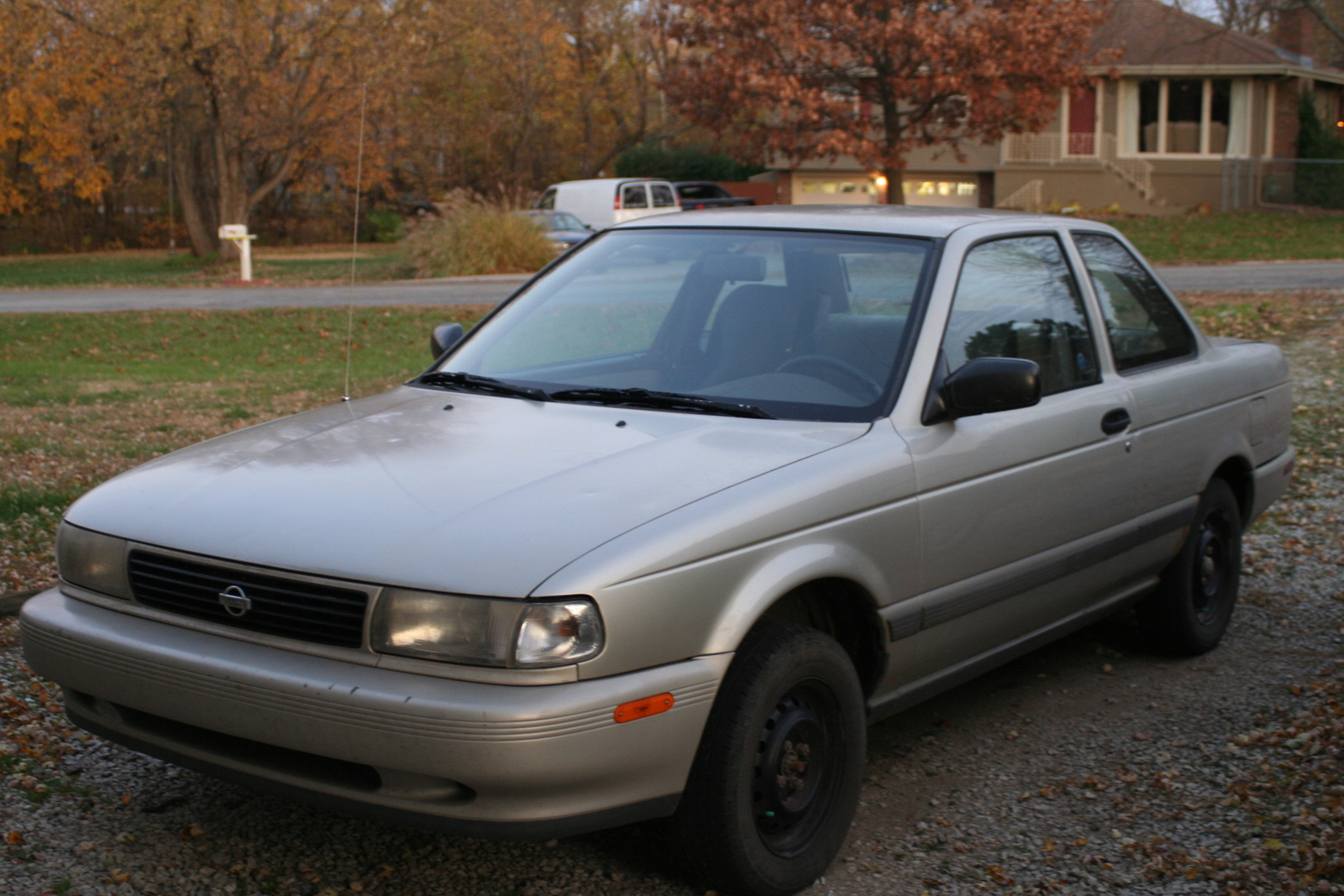 1993 Nissan Sentra Photos Informations Articles