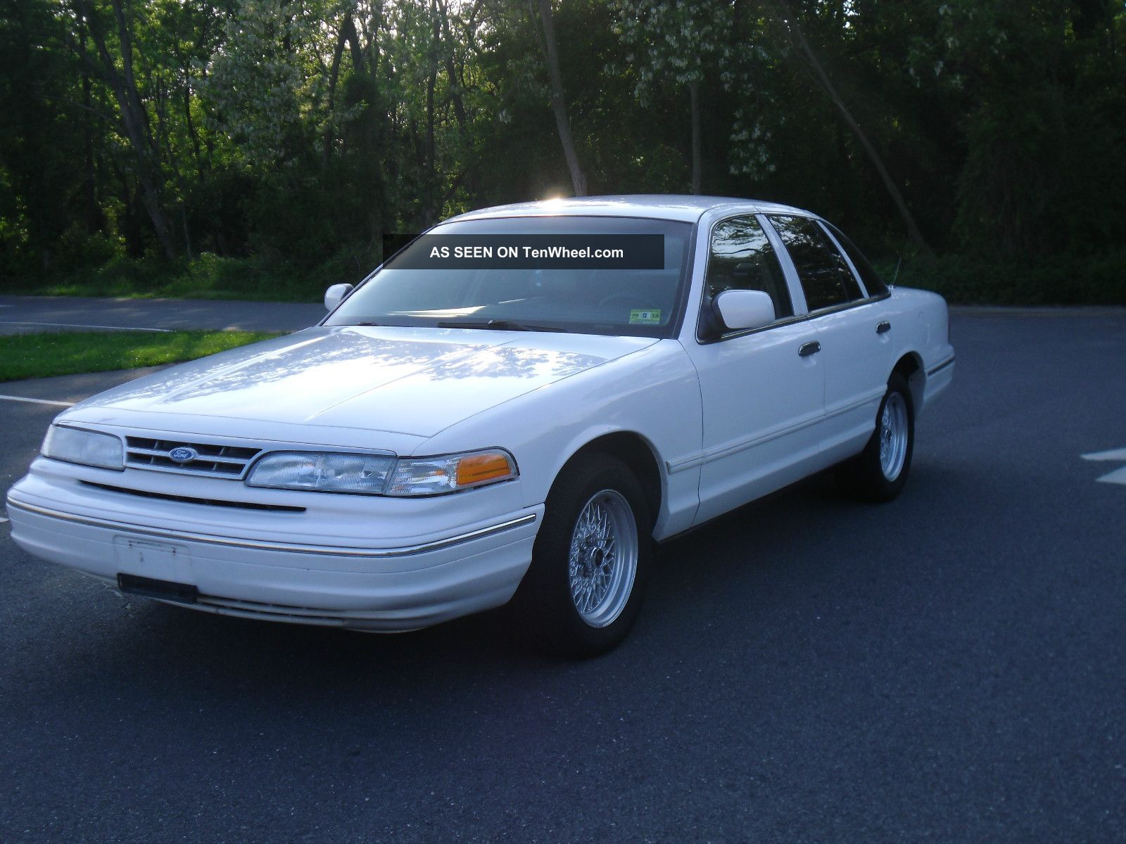 1996 Ford Crown Victoria #11