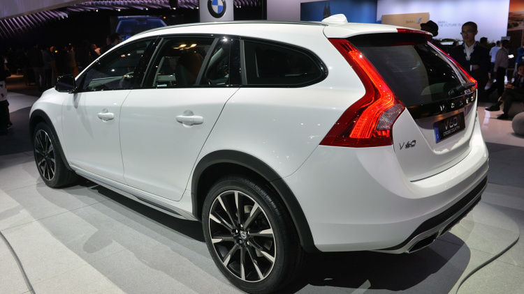Volvo V60 Cross Country #18