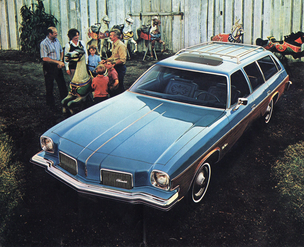 1974 Oldsmobile Vista Cruiser #11
