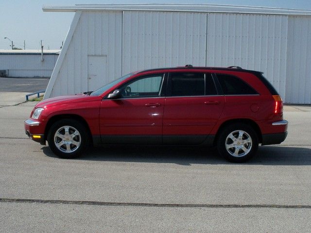 2004 Chrysler Pacifica #11