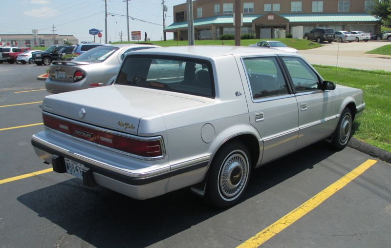 1990 Chrysler New Yorker #6