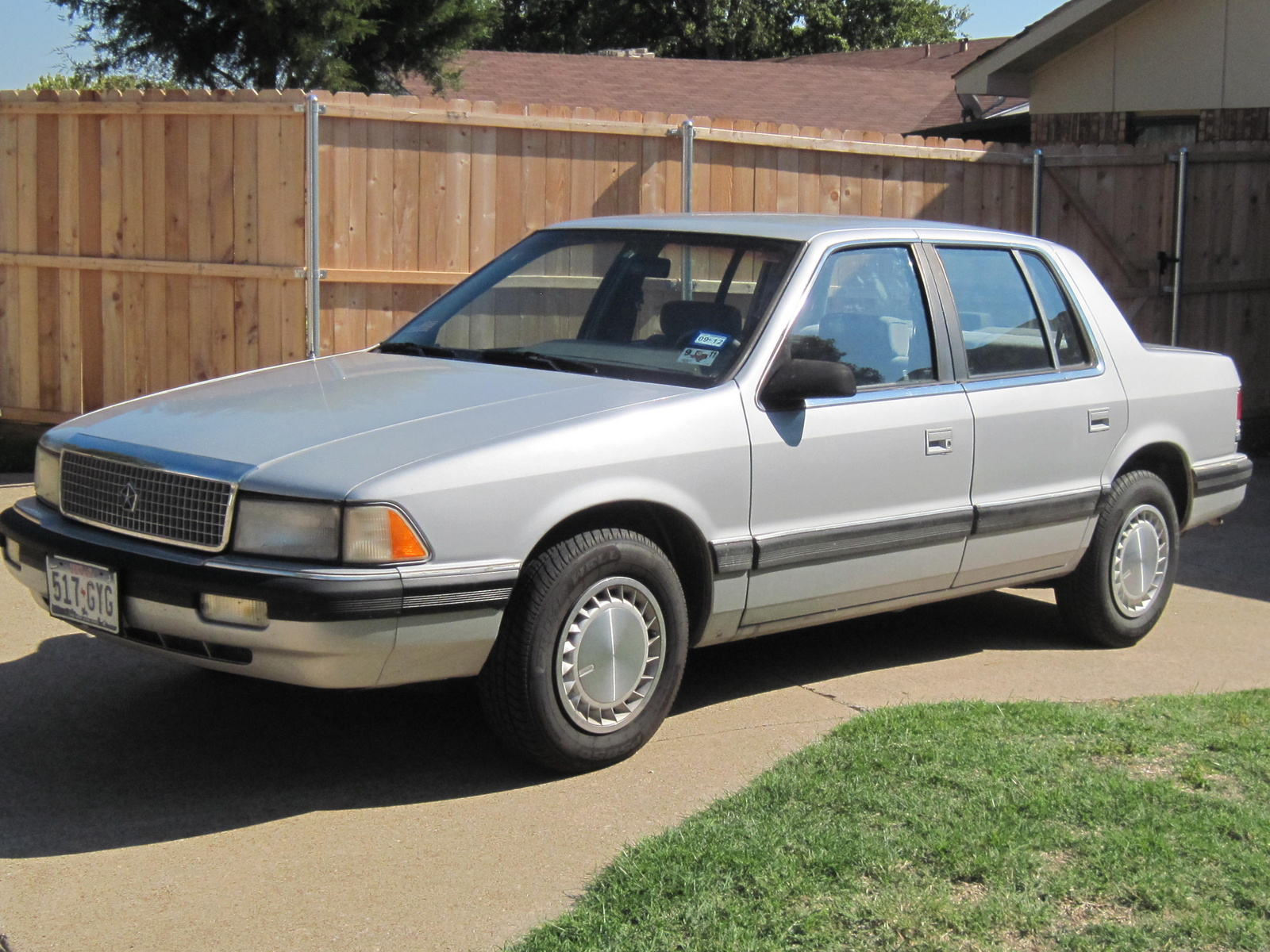 1990 Plymouth Acclaim #9