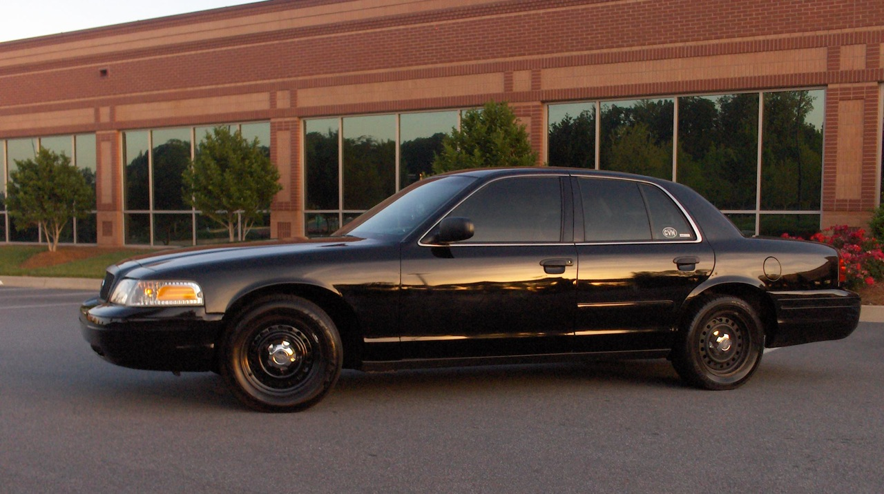 2009 Ford Crown Victoria #13