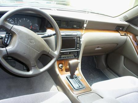 2001 Nissan Laurel #6