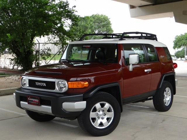2008 toyota fj cruiser photos informations articles. Black Bedroom Furniture Sets. Home Design Ideas