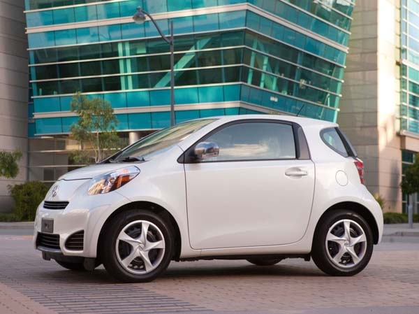 2015 Scion Iq #7