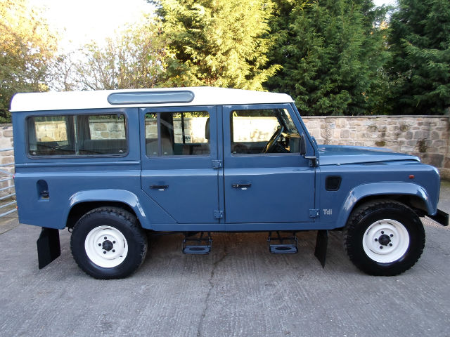 1995 Land Rover Defender #6