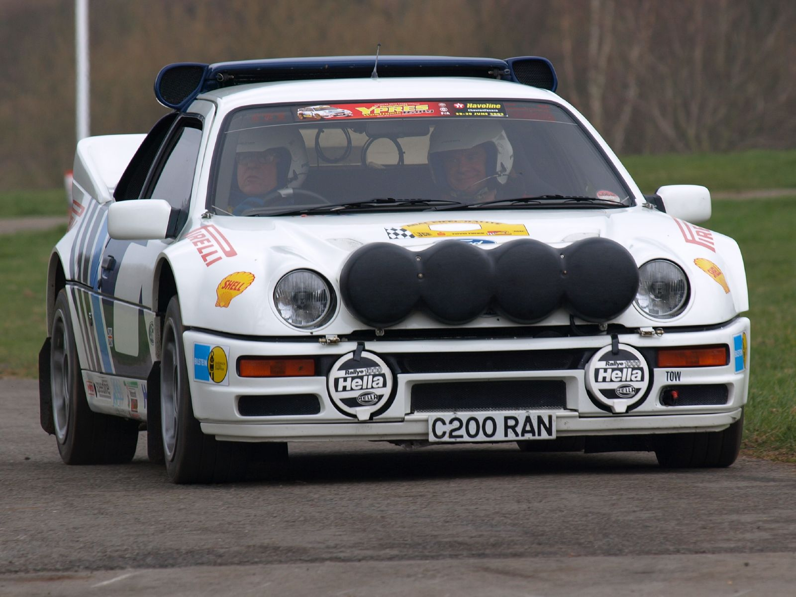 1990 Ford RS 200 #1