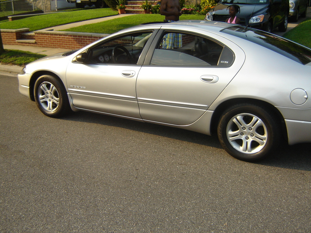 2000 Dodge Intrepid #15