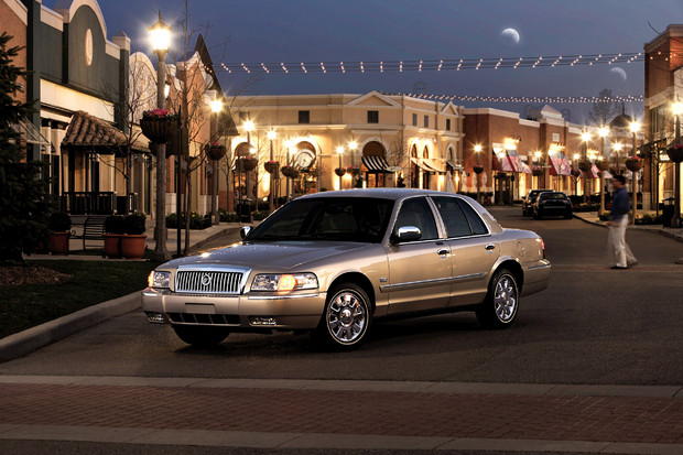 2011 Mercury Grand Marquis #12