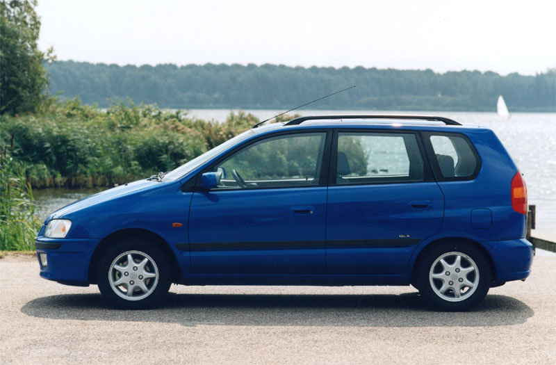 1998 Mitsubishi Space Star #4