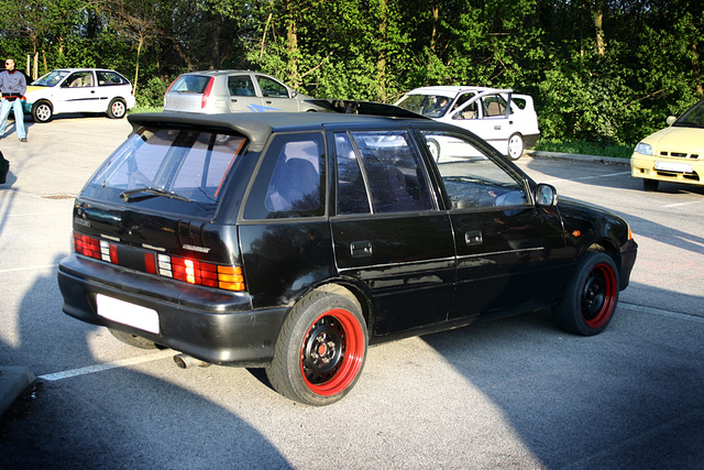 1996 Suzuki Swift #18