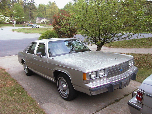 1991 Ford Ltd Crown Victoria #12