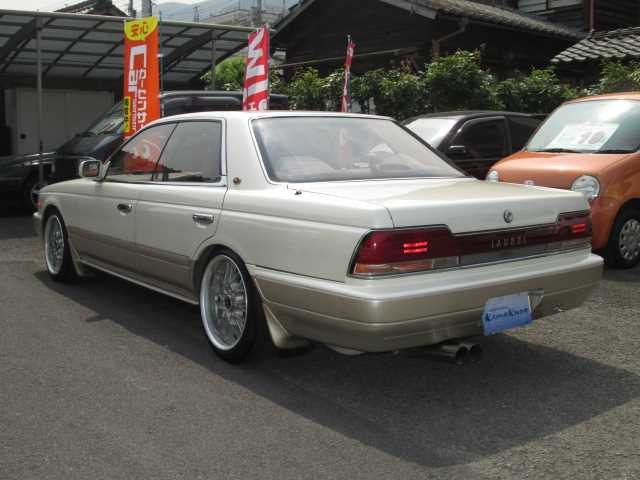 1992 Nissan Laurel #16