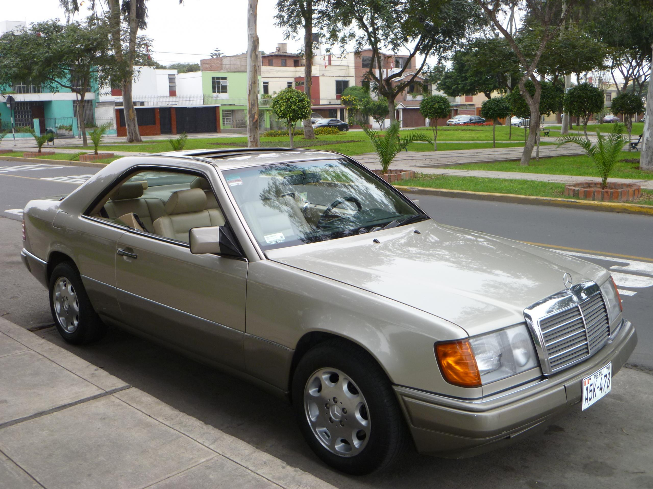 1991 mercedes benz 300 photos informations articles for 1991 mercedes benz