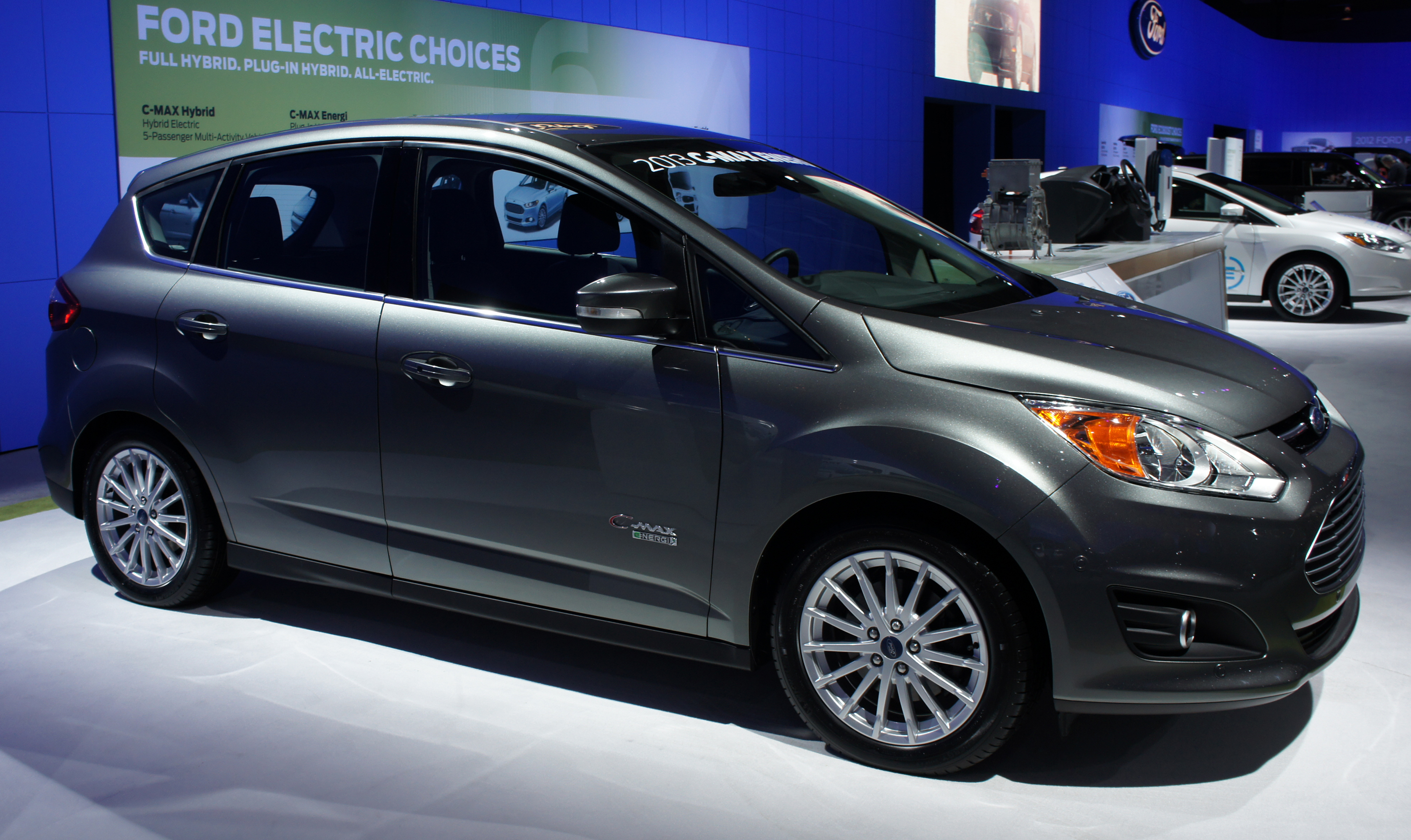 2012 Ford C-Max #12