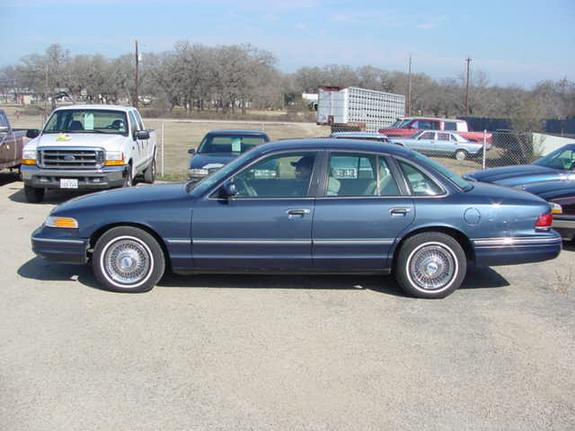 1996 Ford Crown Victoria #17