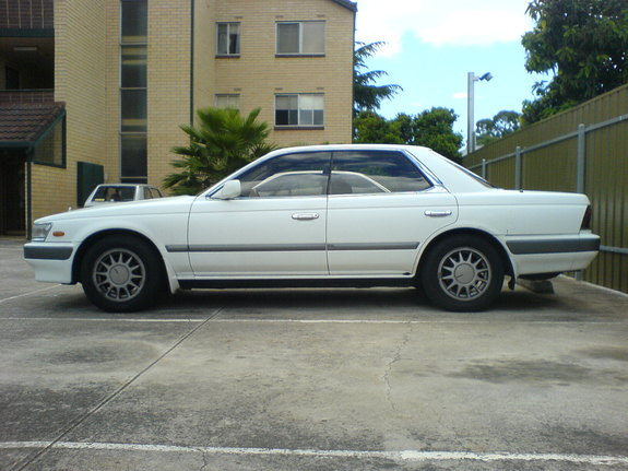 1989 Nissan Laurel #6