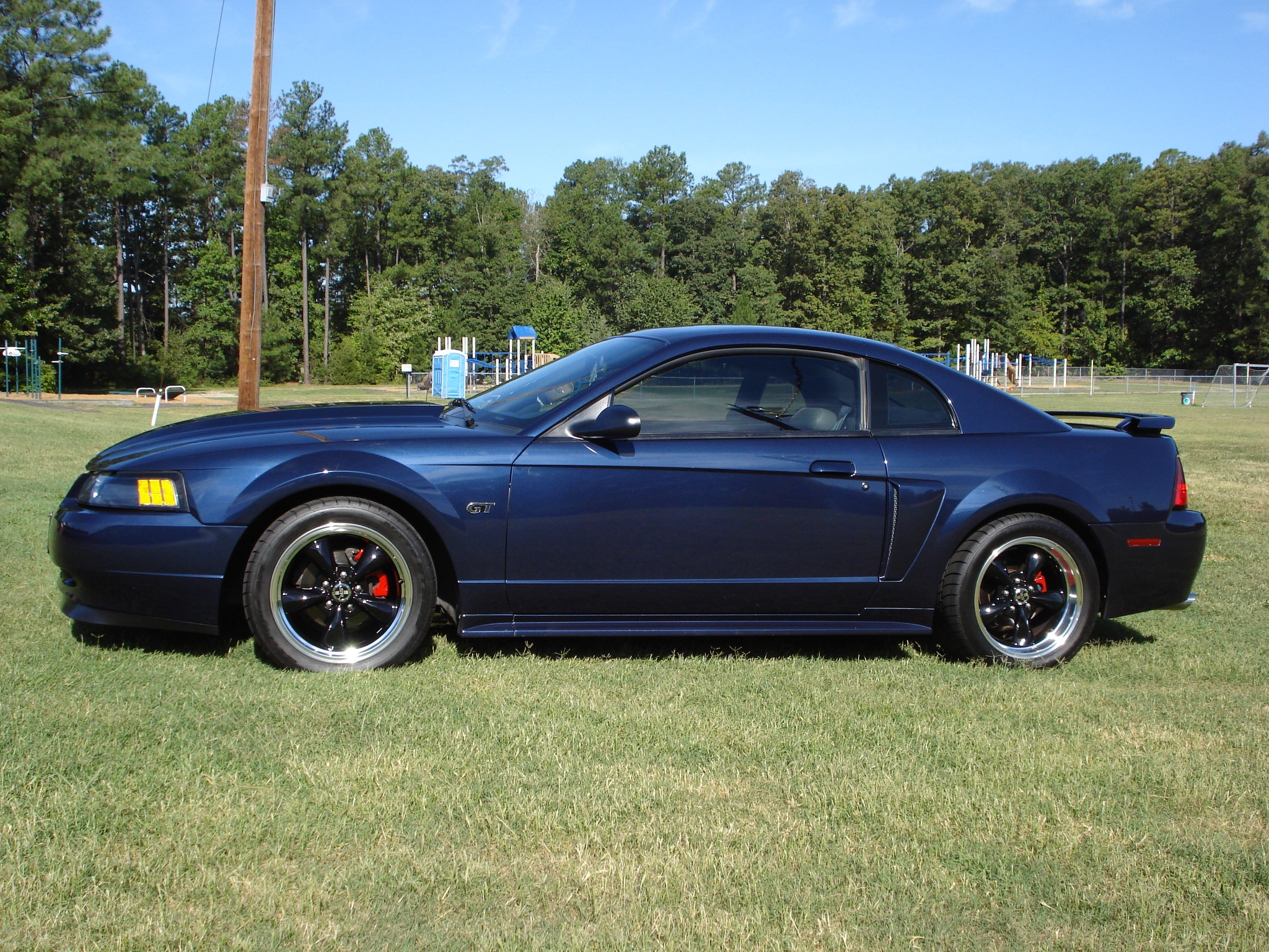 2001 ford mustang 8