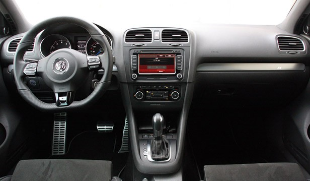 2012 Volkswagen Golf #16