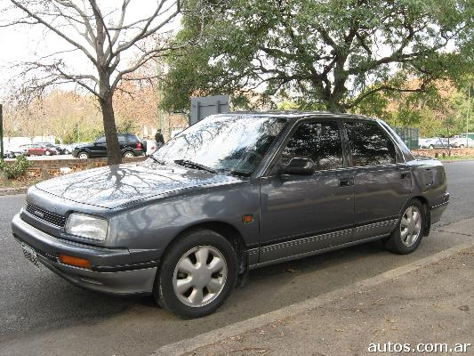1992 Daihatsu Applause #14