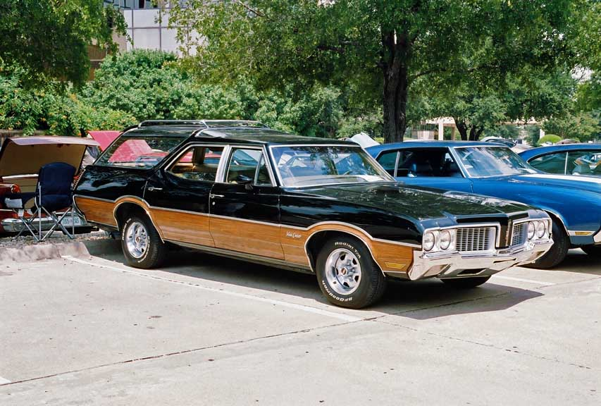 1970 Oldsmobile Vista Cruiser #7