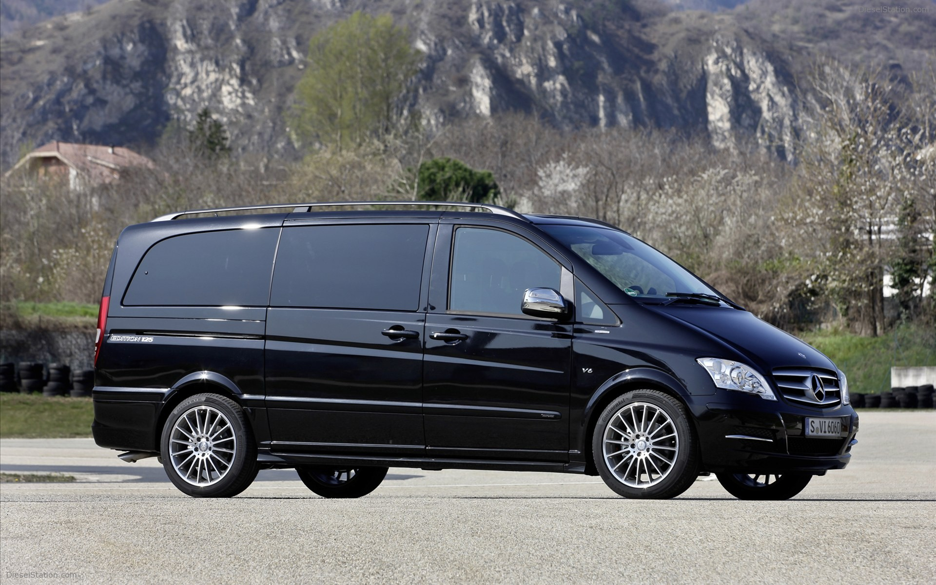 Mercedes-Benz Viano #4