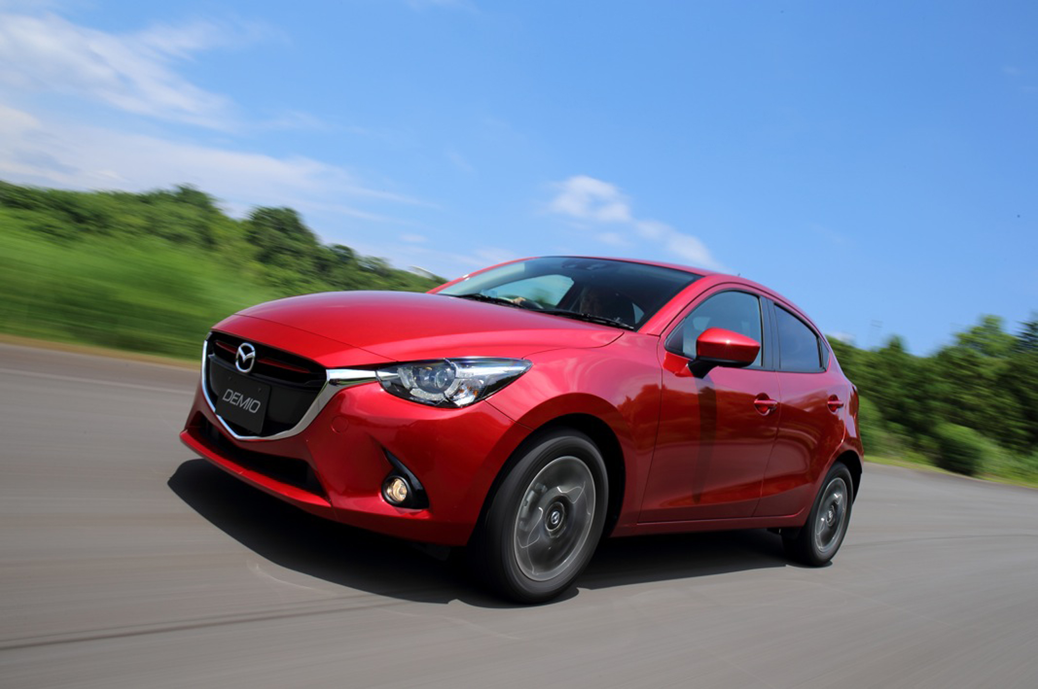 2016 mazda mazda2 photos informations articles. Black Bedroom Furniture Sets. Home Design Ideas