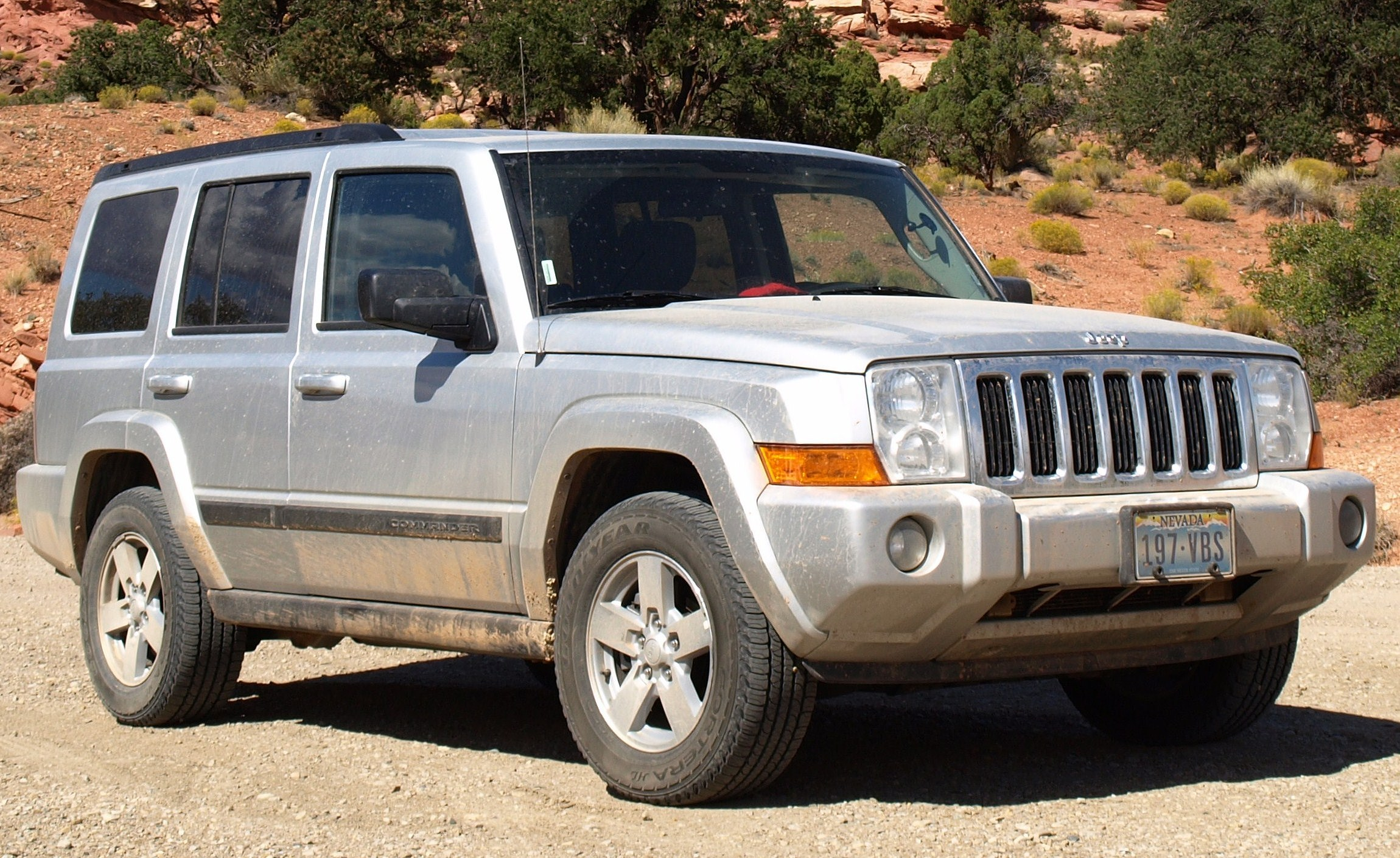 Jeep Commander #7