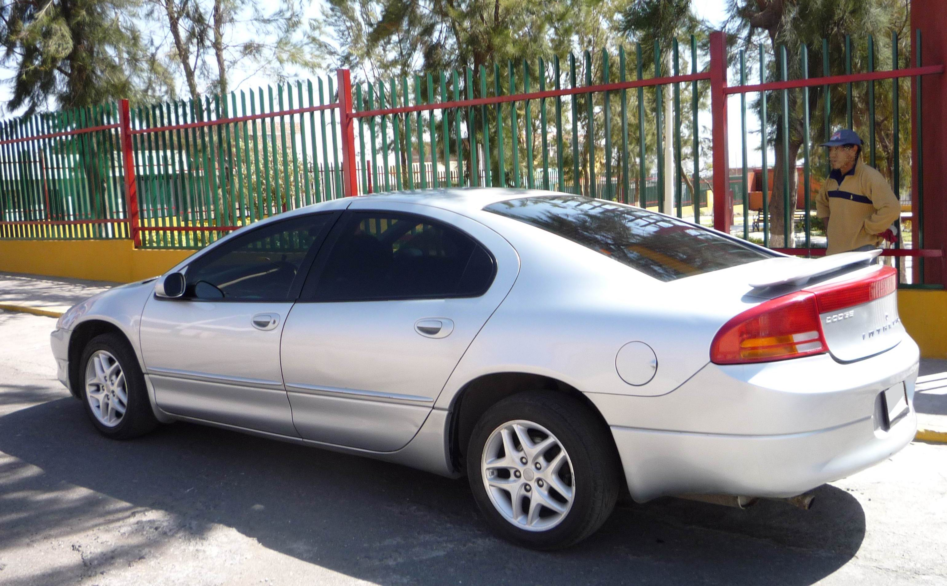 2002 Dodge Intrepid #3