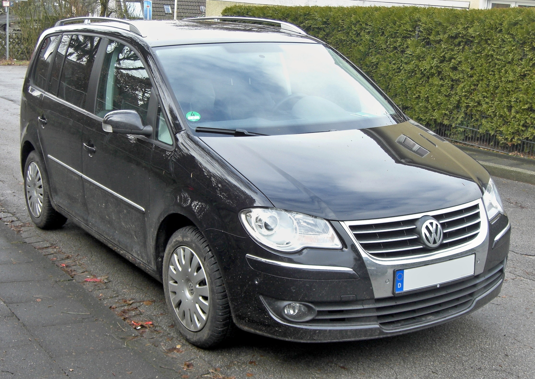 2009 volkswagen touran photos informations articles. Black Bedroom Furniture Sets. Home Design Ideas