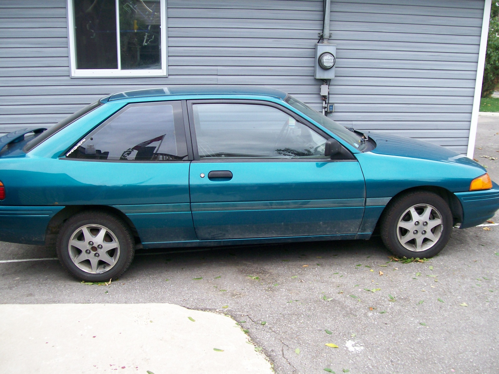 1993 Ford Orion #9