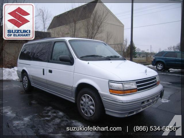 1995 Plymouth Grand Voyager #9