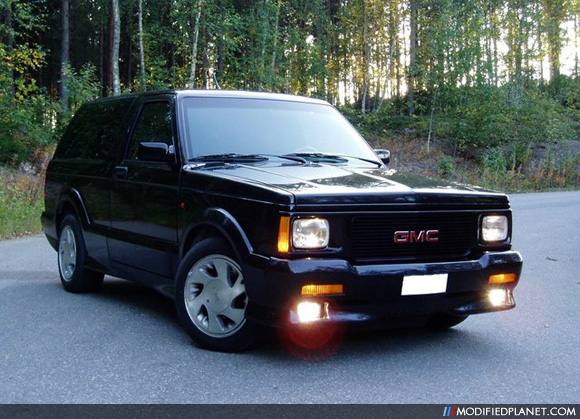 GMC Typhoon #14