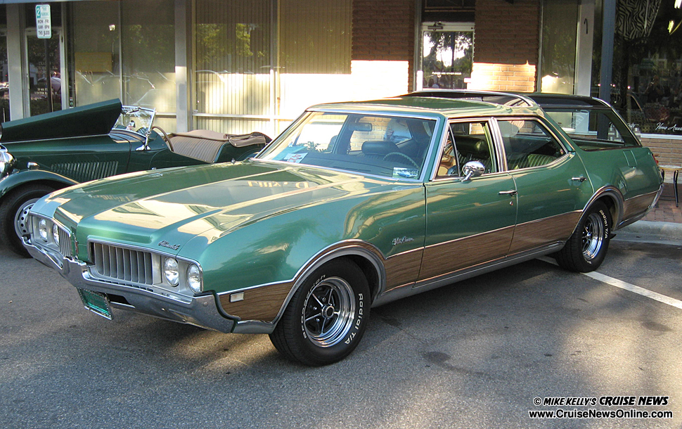 1969 Oldsmobile Vista Cruiser #3