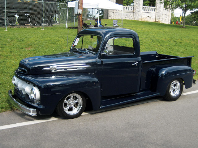 1952 Ford F #10