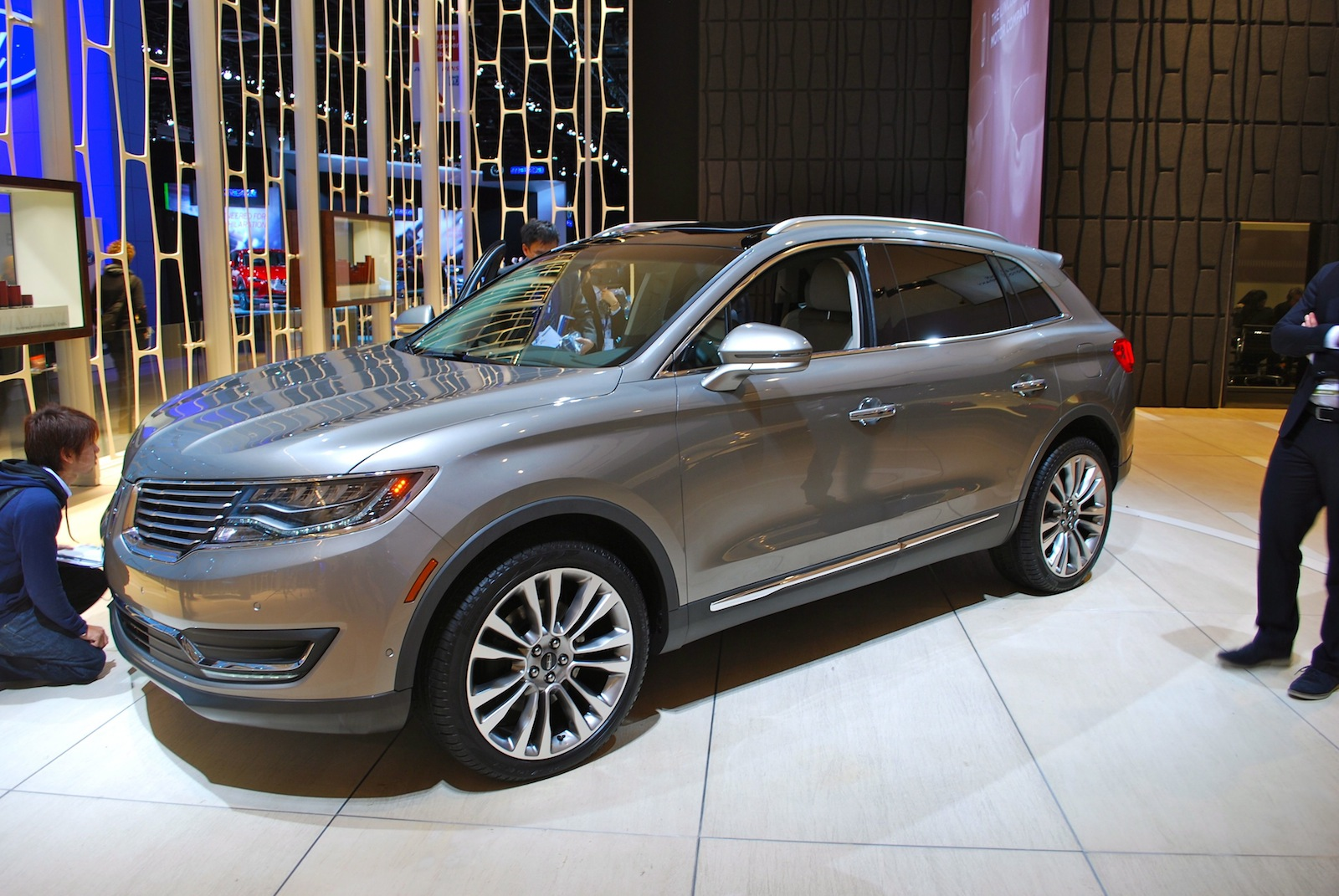 2016 Lincoln Mkx #8