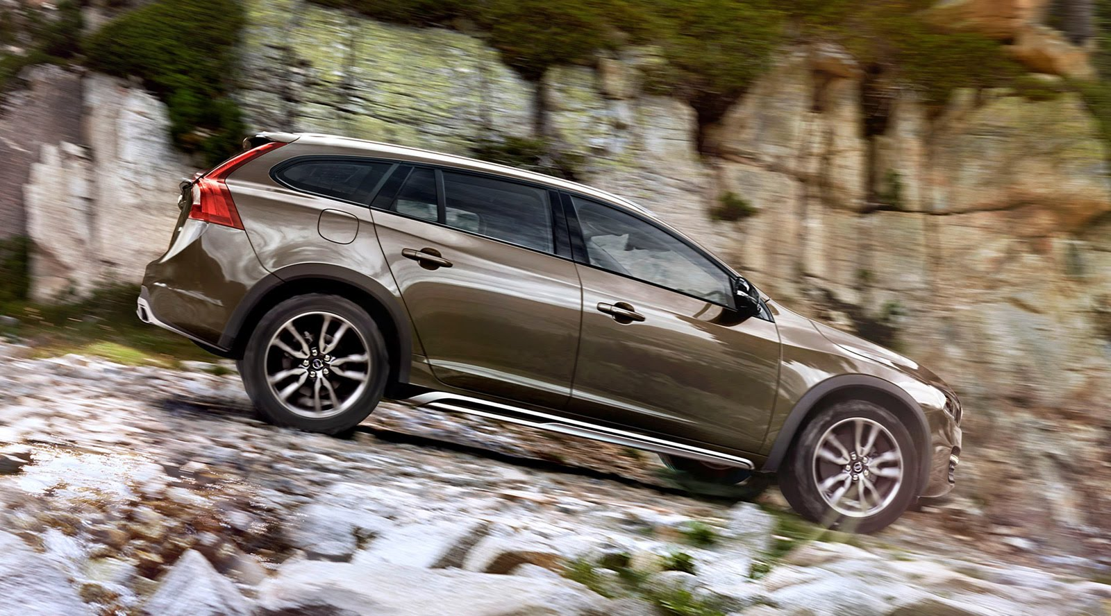 Volvo V60 Cross Country #6