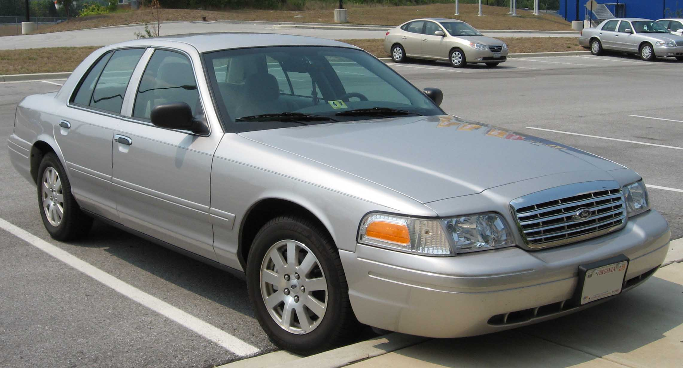 2008 Ford Crown Victoria #3