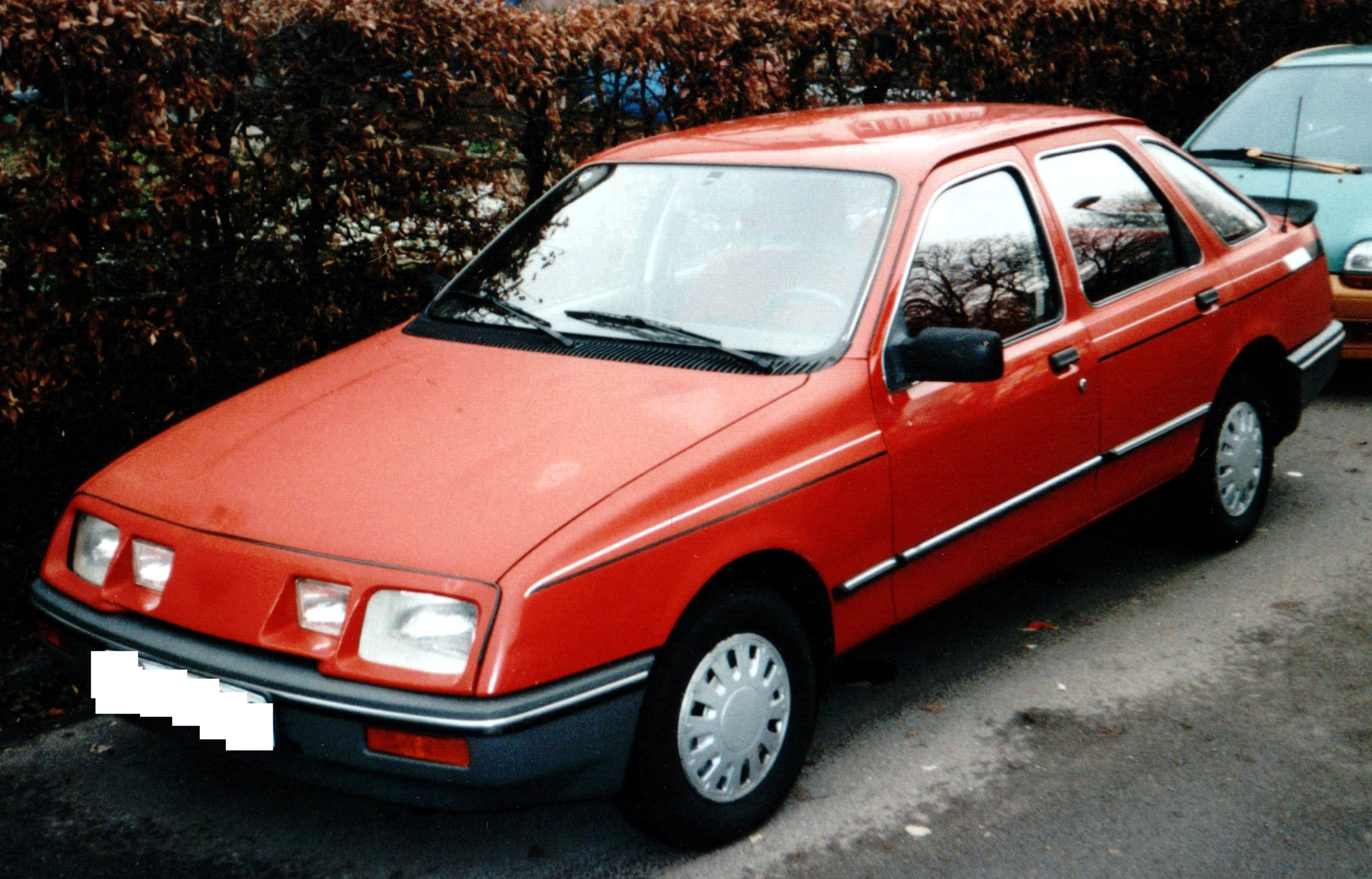 1983 ford sierra photos informations articles. Black Bedroom Furniture Sets. Home Design Ideas