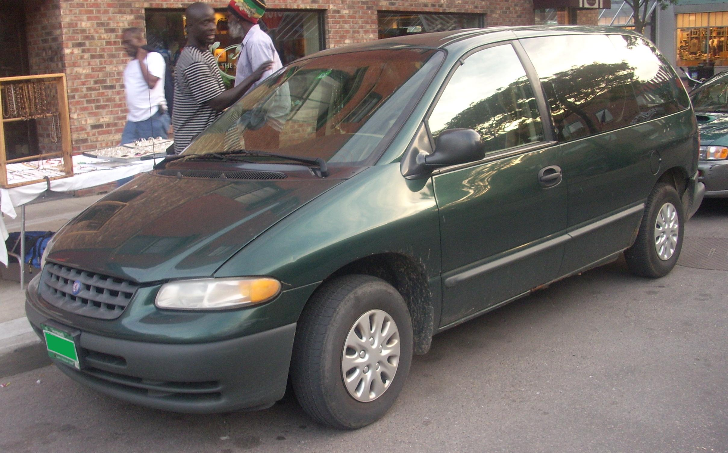 2000 Plymouth Voyager #1